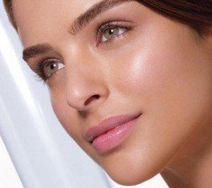 Flawless-skin-model-201001