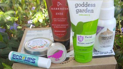 Ottawa makeup artist Klava Z reviews natural vegan skincare products from a subscription box Vegan Cuts