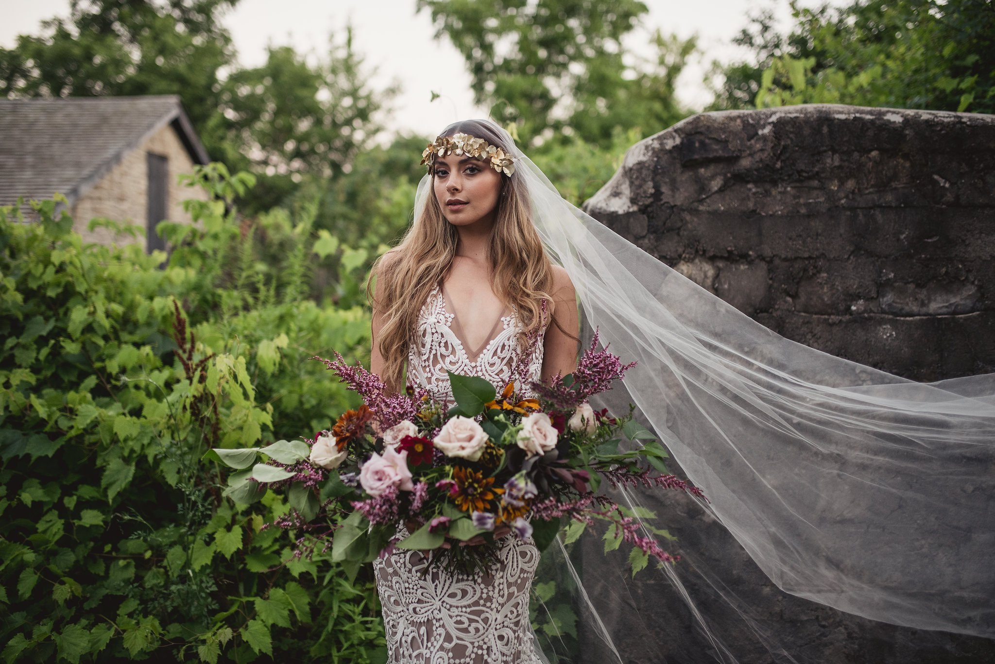 Bride with a long vintage veil